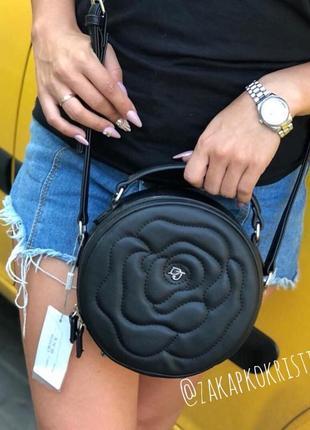 Кругла сумочка david jones чорного кольору