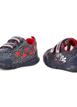 Кроссовки geox с мигалками мигающие туфли размер 20