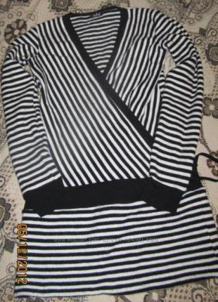 Новый теплый свитерок размер М-Л