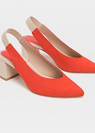 Туфли лодочки средний каблук stradivarius острый носок коралловые