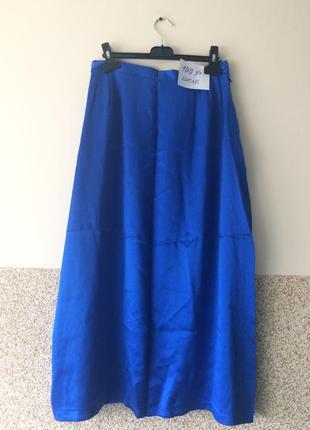 Шикарная    шелковая                           юбка с карманчиками 36-38р