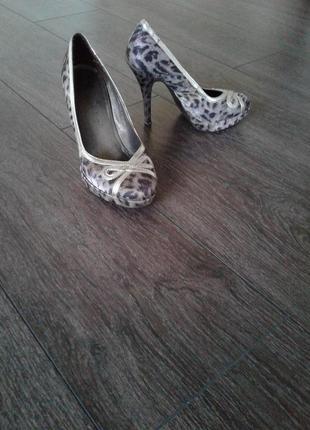 Туфли классические , вечерние, повседневные размер 35