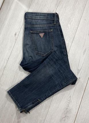 Укороченные джинсы guess