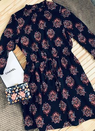 Нежное весеннее платье