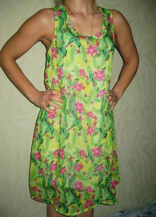 Платье летнее яркое зелёное с цветами gloria jeans можно беременным