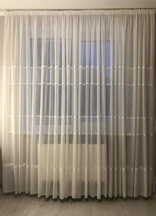 Штора белая, штора в гостинную