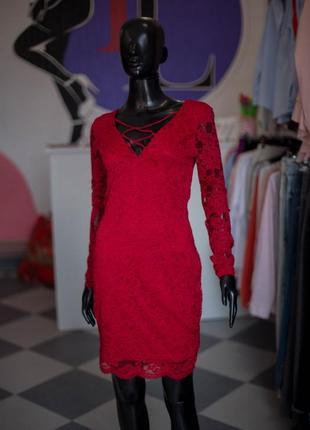 Гипюровое платье с переплетом от amisu