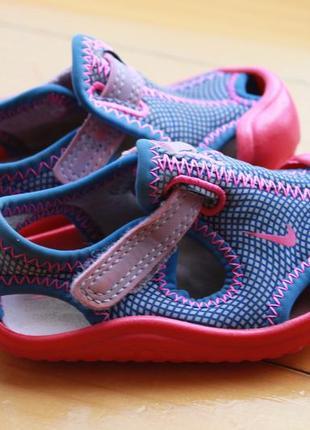 Стильные детские сандали nike