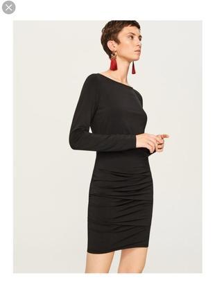 Новое черное платье с длинным рукавом reserved, платье карандаш
