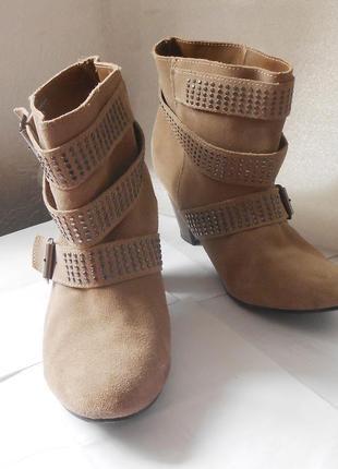 Замшевые ботинки ботильоны от бренда soft grey, р.39 код f3944