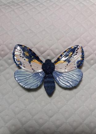 Чудесная брошь бабочка из полимерной глины