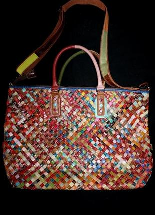 Яркая эксклюзивная сумка. made in italy. кожа