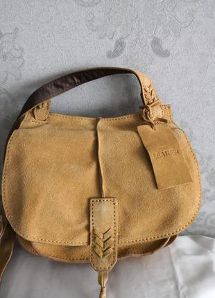 Красивая замшевая сумка next