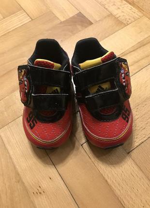 Adidas кросівочки дитячі