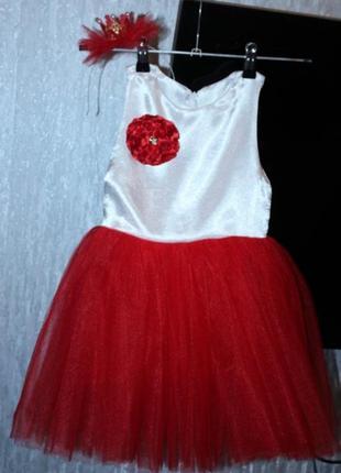 Нарядное платье для девочки 2-4 годика. наряд для утренника