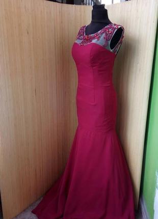Красное вечернее длинное платье расшитое бисером  с открытой спиной / шлейфом высокий рост2