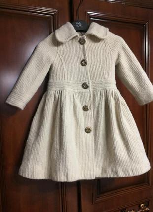 Шикарное дизайнерское пальтишко с люрексом