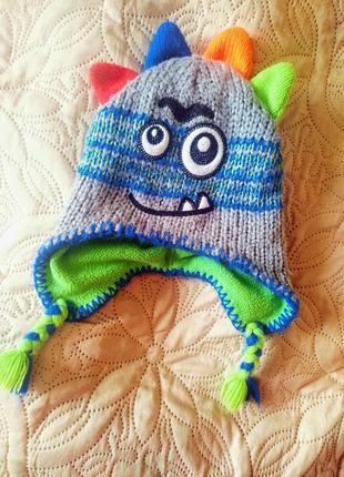 Новая модная шапочка  демисезонная на ребенка 2-3 годика tu
