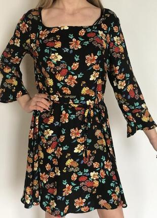 Плаття/платье в цветочнвой принт primark