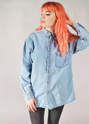 Крутая брендовая джинсовая рубашка с вышивкой на груди
