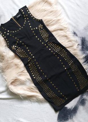 Маленькое черное платье