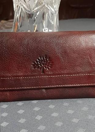 Кожаный коричневый кошелек фирмы mulberry