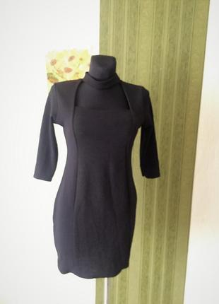 Фирменное платье с чокером