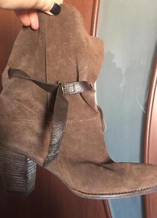 Стильные натур. замша ботинки