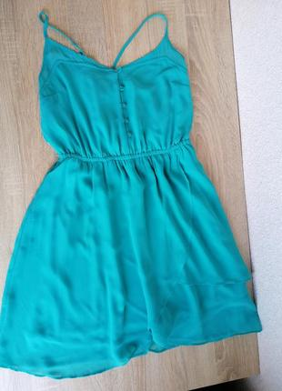 Лёгкое бирюзовое платье