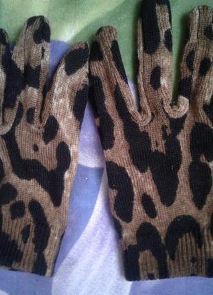 Dolce&gabanna перчатки детские в модный принт девочке 3-6лет