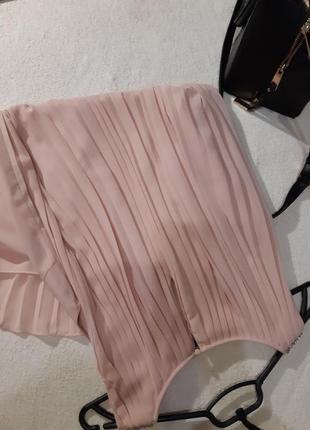 Нежное пудровое платье, спинка плиссе. размер xs2