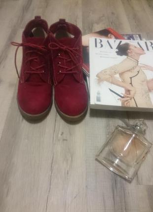 Ботильоны (туфли) marco tozzi модного цвета красной груши