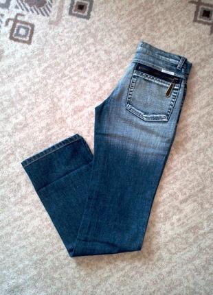 34р. ровные джинсы с потёртостями на высокую барышню, оригинал