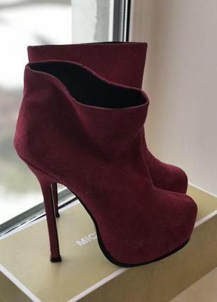 Сапоги полусапожки ботинки на шпильке замш оригинал yves saint laurent