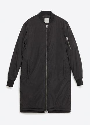 Утепленный,удлиненный,черный бомбер,куртка от forever 21
