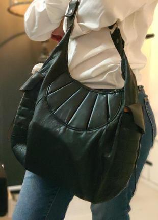 Hugo boss 100% оригинальная кожаная сумка.