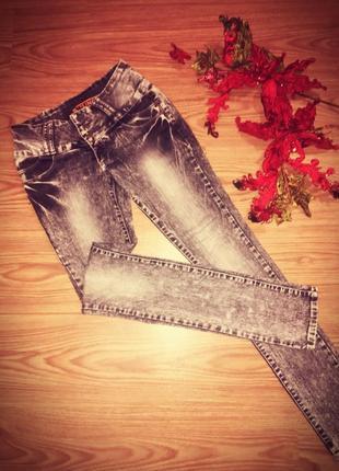 Облягаючі джинси uno