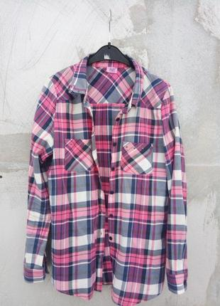Ідеальна фірмова рубашка
