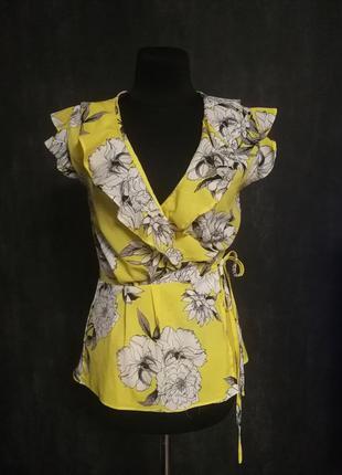 Блуза без рукавов желтая в цветочный принт рюши