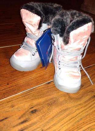 Ботинки демисезонные размеры 20, 21, 22, 23