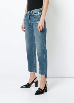 Офигенгые джинсы с высокой талией и необработанными краями мом