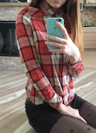 Рубашка в клетку красная wrangler