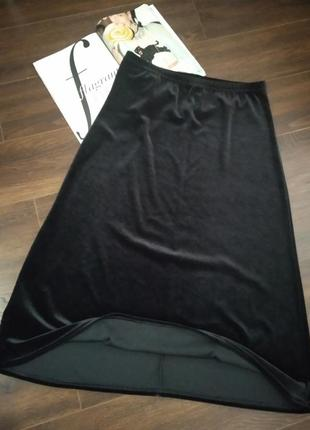 Крутая юбка трапеция велюровая черная макси