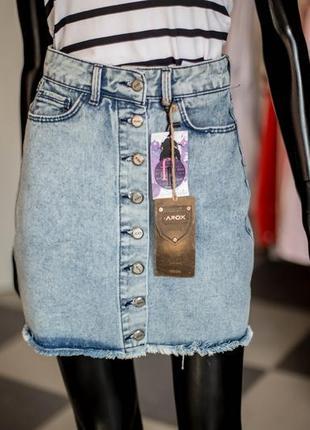 Супер джинсовая юбка с пуговицами 34,36,38 от arox