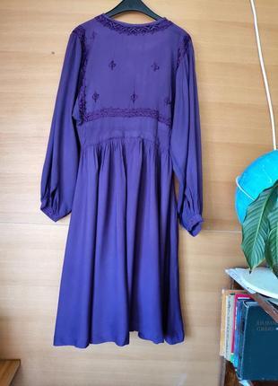 Фиолетовое актуальное платье туника с вышивкой3
