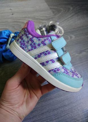 23р adidas оригинал кроссовки