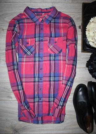 Актуальная клетчатая рубашка с длинным рукавом розовая котон