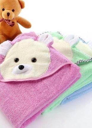 Детское махровое полотенце с уголком . уголок после купания