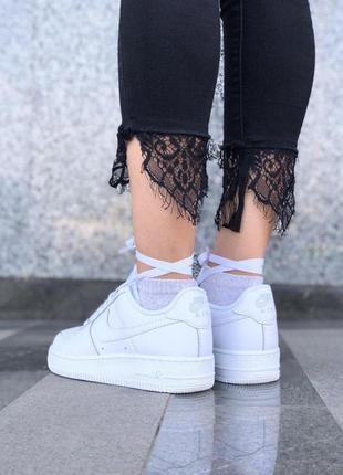 Шикарные кроссовки nike в белом цвете из кожи2 фото