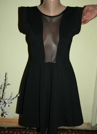 Маленькое элегантное черное платье topshop со спиной сеткой